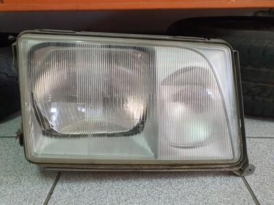 Mercedes-Benz Right Facelift Headlight (W124)