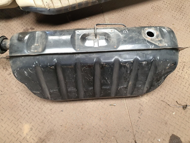Mercedes-Benz Fuel Tank (W123)