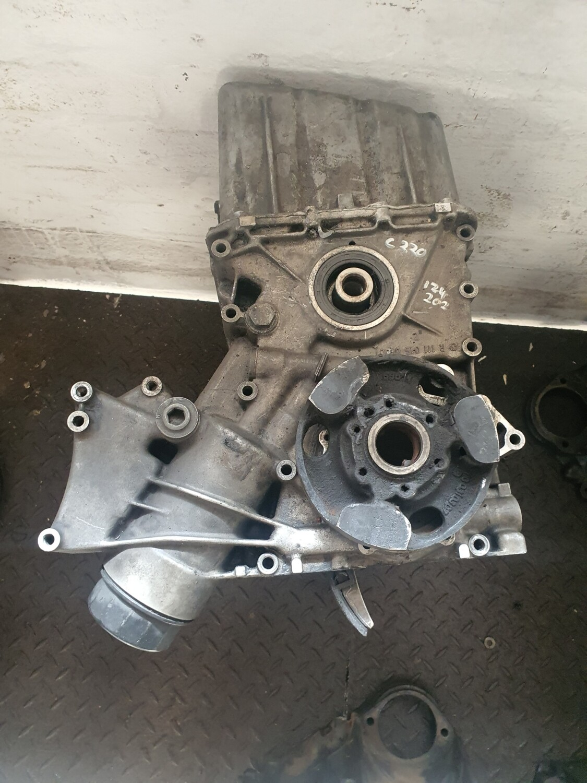 Mercedes-Benz Sub Assembly (W124/W202 220 M111)