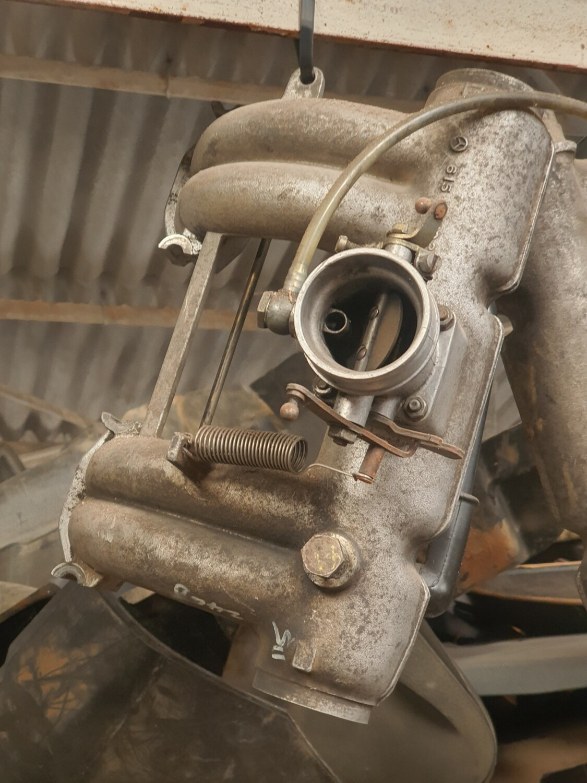 Mercedes-Benz Intake Manifold (W115 240D)
