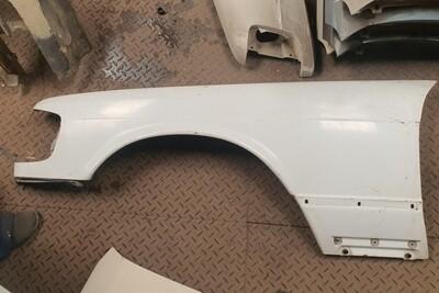 Mercedes-Benz Left Front Fender White (W124)
