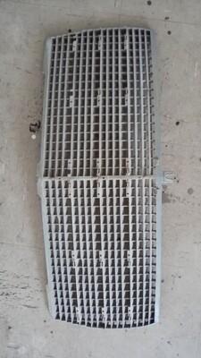 W126 grill insert