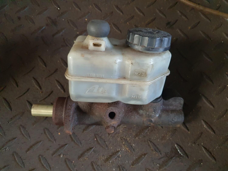 Mercedes-Benz Brake Master Cylinder (W123)