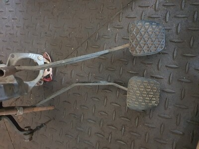 Mercedes-Benz Clutch And Brake Pedal Assembly (W114/W115)