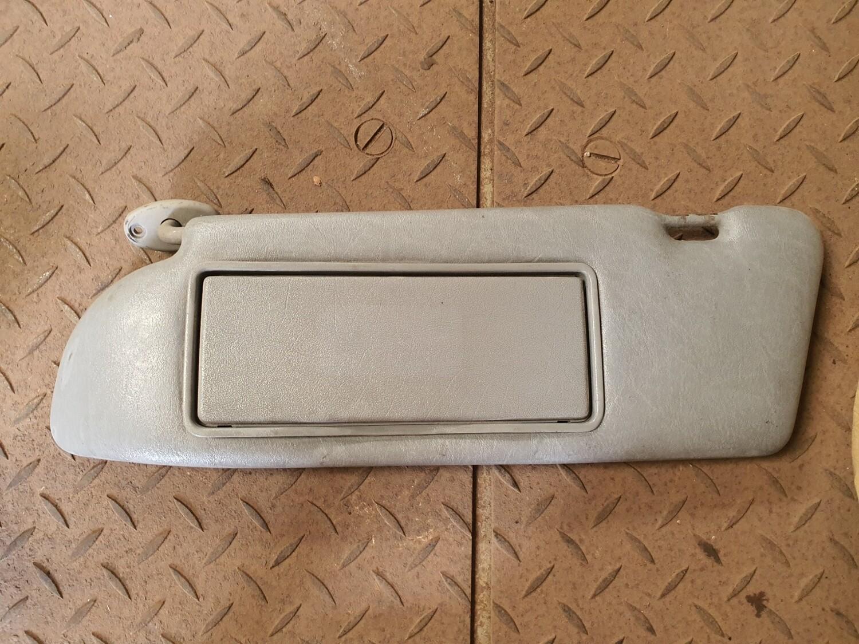 Mercedes-Benz Left Sunvisor Grey (W126)