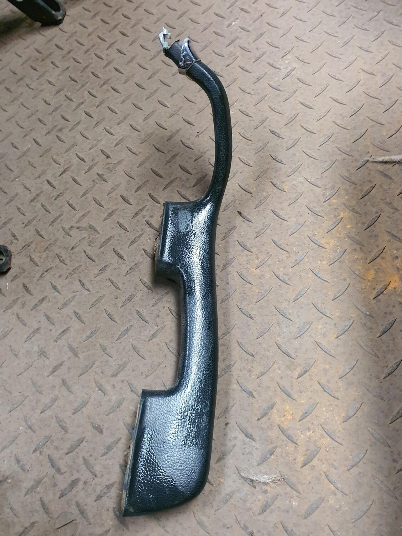 Mercedes-Benz Left Front Inner Door Handle Black (W108)
