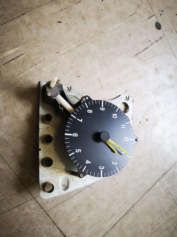 Mercedes-Benz Cluster Clock (W123)