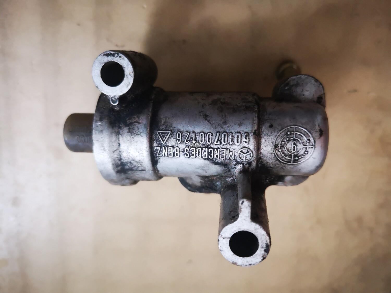 Mercedes-Benz Fuel Thermostat (OM601/OM602/OM603