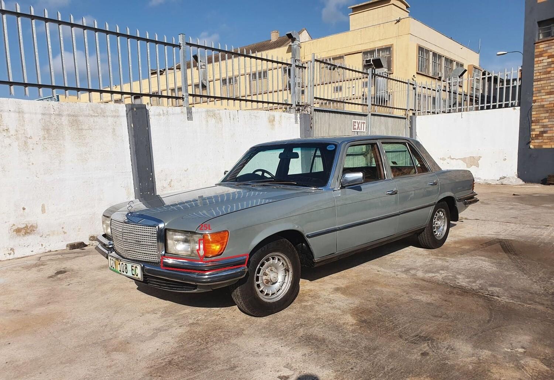 Mercedes-Benz Left Upper Bumper (W116)