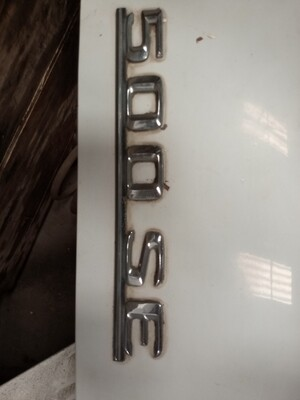 Mercedes-Benz 500se boot badge