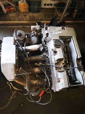 Mercedes-Benz M111 2.2 Engine Without Ancillaries
