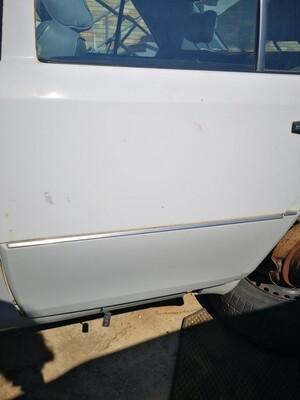 Mercedes-Benz Left Rear Door Cladding (W124)
