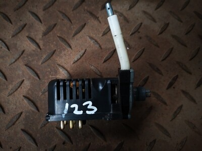 Mercedes-Benz Heater Fan Control Switch (W123)