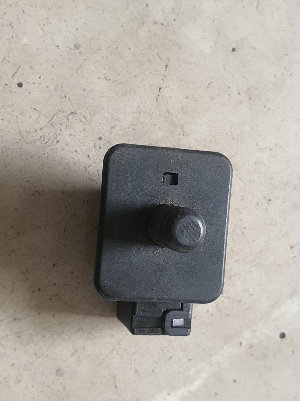 Mercedes-Benz Door Contact Switch (W202)
