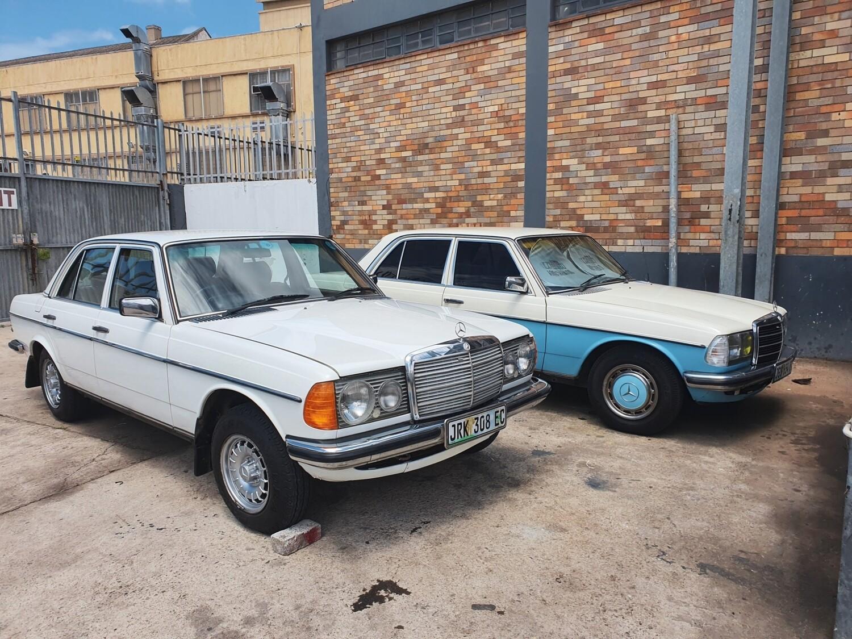 Mercedes-Benz Left Rear Electric Window Regulator (W123)