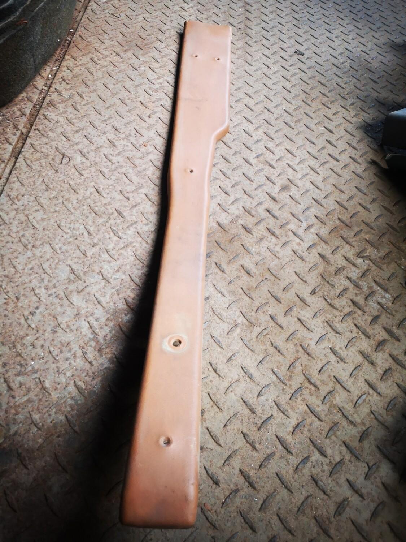 Mercedes-Benz Left B Pillar Trim Caramel (W108)