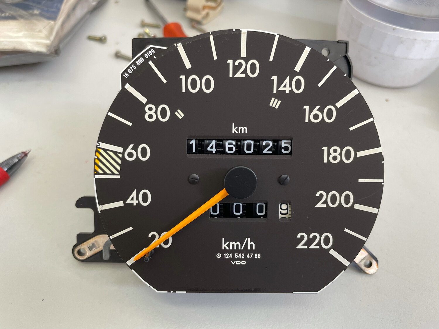 Mercedes-Benz W124 230e Speedometer With Working Odometer