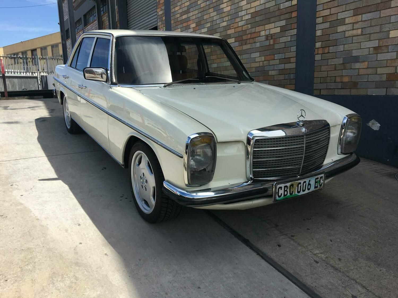Mercedes-Benz Bonnet Hinge and Spring Left (W114/W115)
