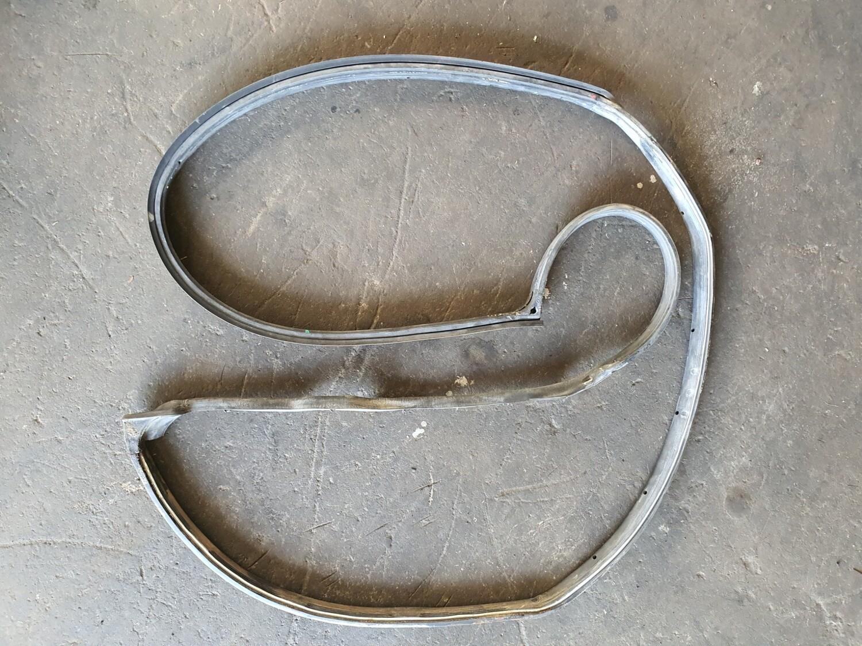 Mercedes-Benz Left Rear Door Rubber (W124)