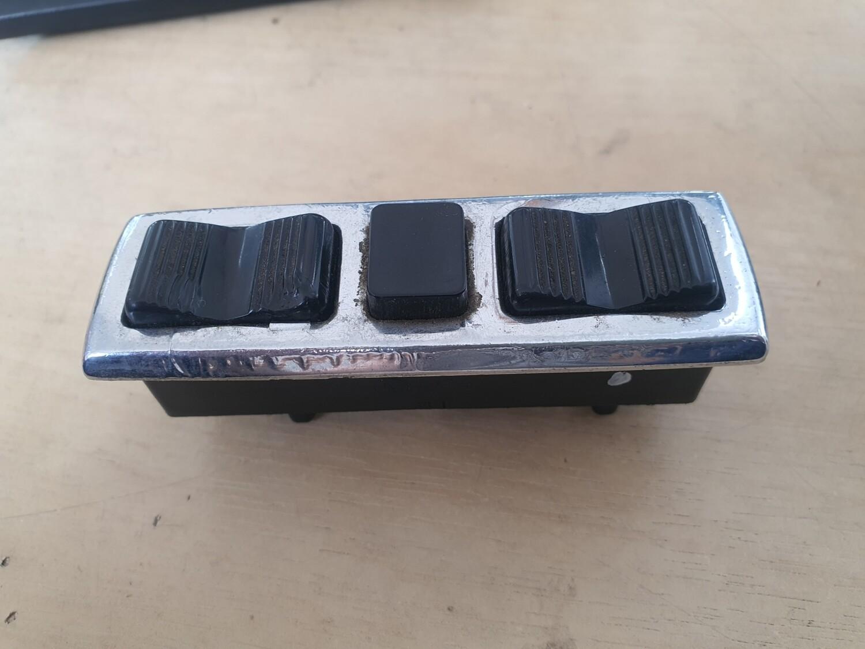Mercedes-Benz Left Window Switches (W116/107/W114/W115)