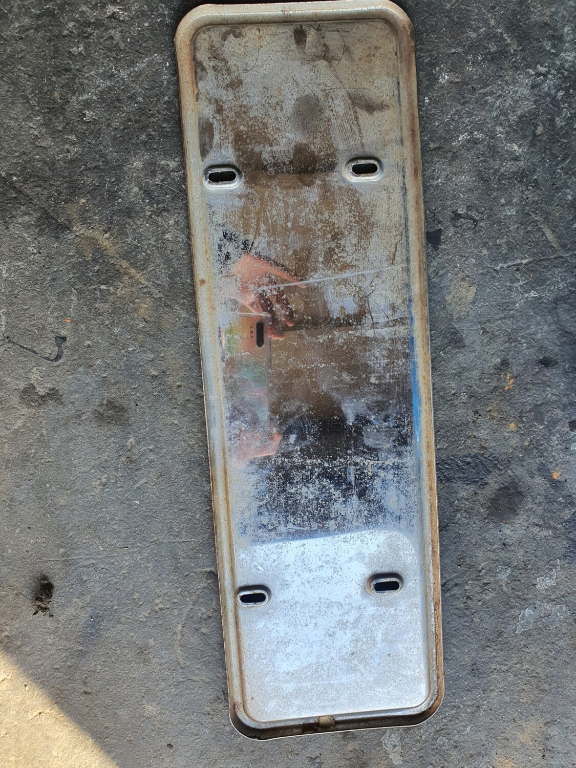 Mercedes-Benz Silver Number Plate Holder (W123)