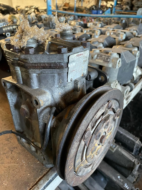 York Aircon Compressor (W116, W123, W107, W114, W126)