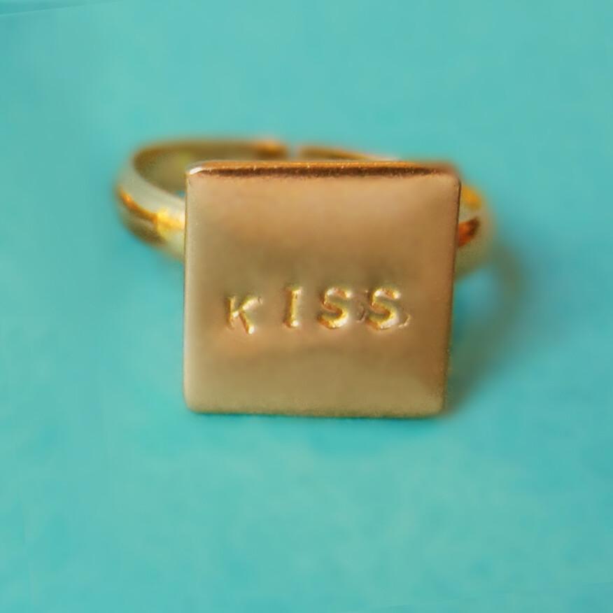 Bague Kiss