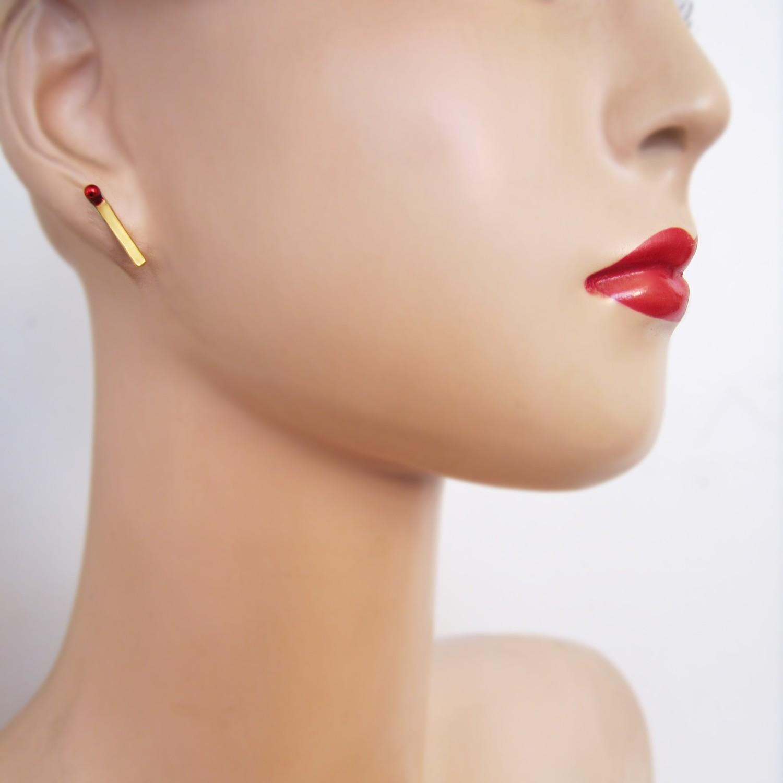 Boucles d'oreille Mini Amulette - clou