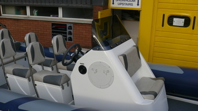 DELUXE Standard Double Console, 1 person front bench seat, Inc Screen (DSD)