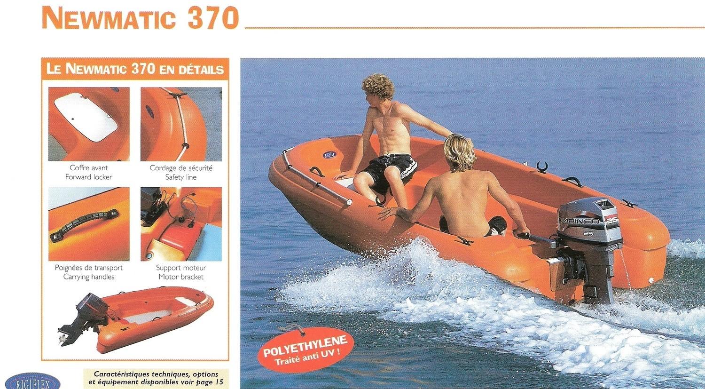 370 Rigiflex Newmatic Cap (White, Green, Blue) Rescue / Sports Boat