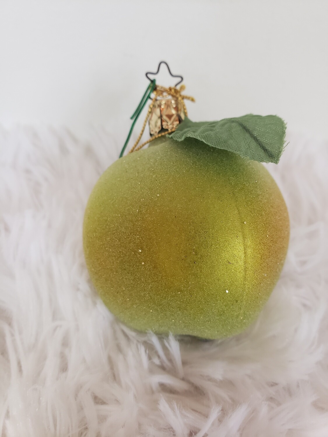 G 1365 GrannySmith Frosted Apple