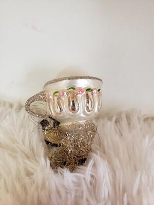 G 2381 Teapot Clip w/Pink Roses