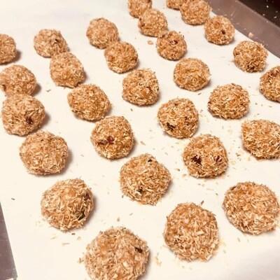 raw nut balls, frozen, no bake; 4 pack; Highland Market