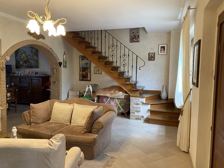 VICINANZE TRESTINA. Splendido appartamento indipendente di 130 mq