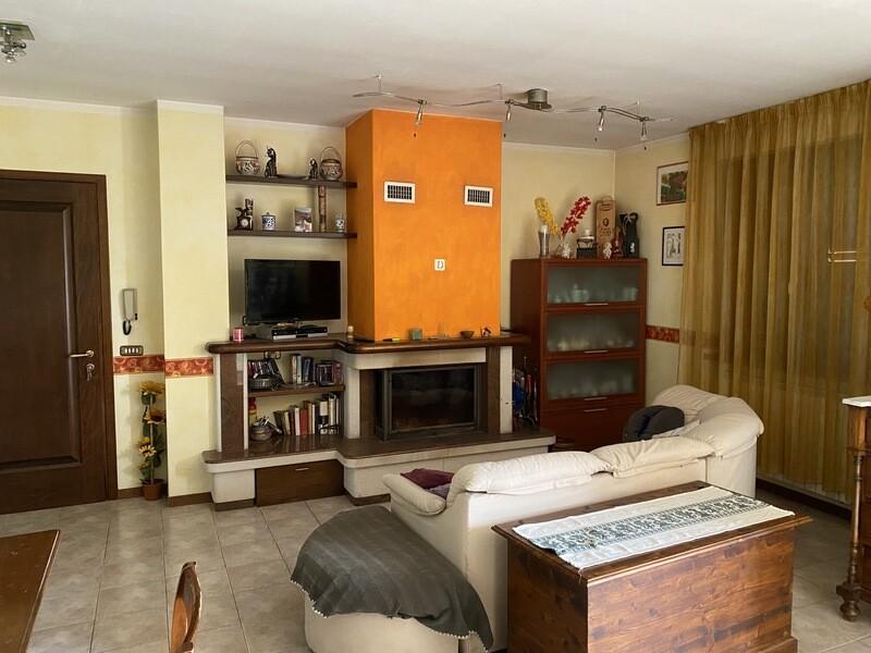 SAN SECONDO. Appartamento di 140 mq con mansarda in ottimo stato