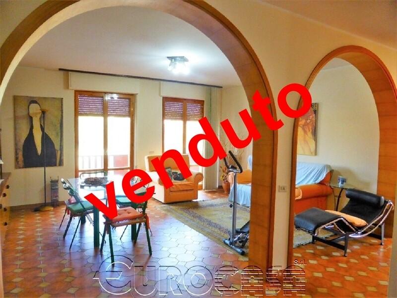 ZONA COOP. Luminoso appartamento di 115 mq con affaccio su Parco Ranieri