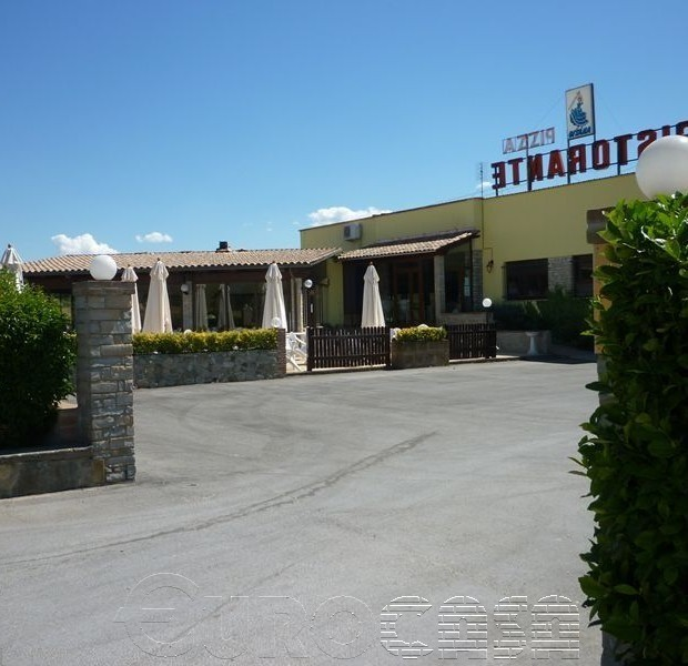 PERUGIA. Avviata attività di ristorante e pizzeria con 280 coperti