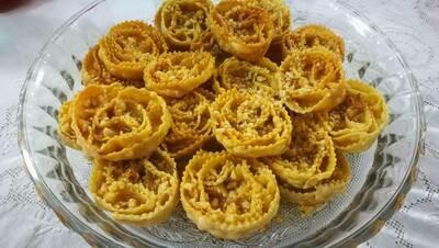 Cartellate Pugliesi Artigianali al Miele con granella di noci (al Kg)