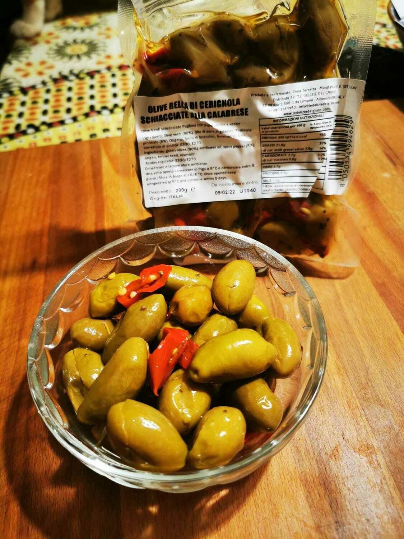 Olive Bella di Cerignola schiacciata con peperoncino