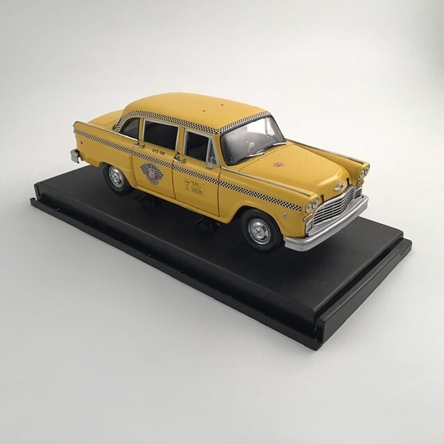 Sunstar 1/18 Scale A11 Taxi Cab New York City Die Cast 2501 Model