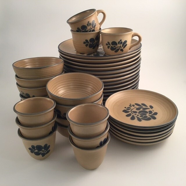 36pc Pfalzgraff Plates Bowls and Cups