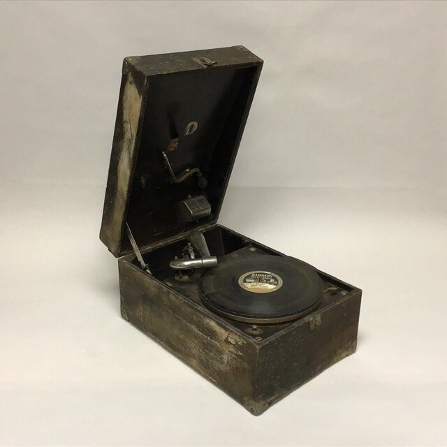 1923 Victor Victrola VV50 And Edison Record