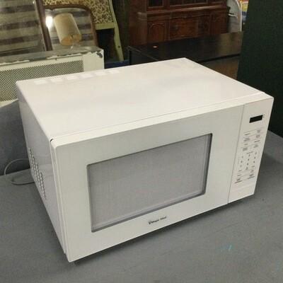 Magic Chef Microwave 1000 Watt Microwave