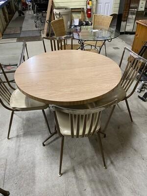 010114 Retro tble 4 chairs