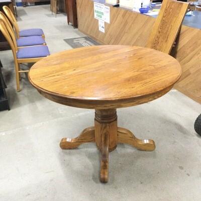 Solid Oak Pedestal Kitchen/Dining Room Table