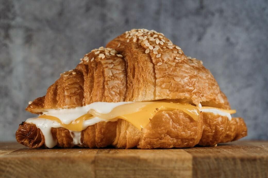 Круассан три сыра
