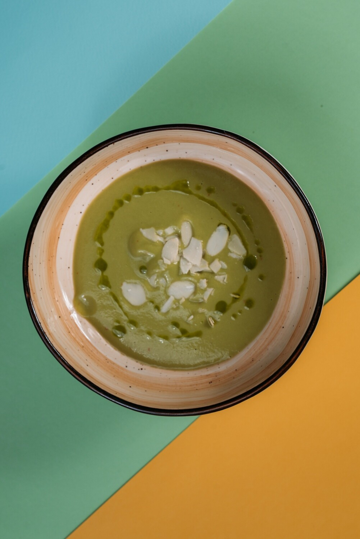 Крем-суп с цуккини и кинзой
