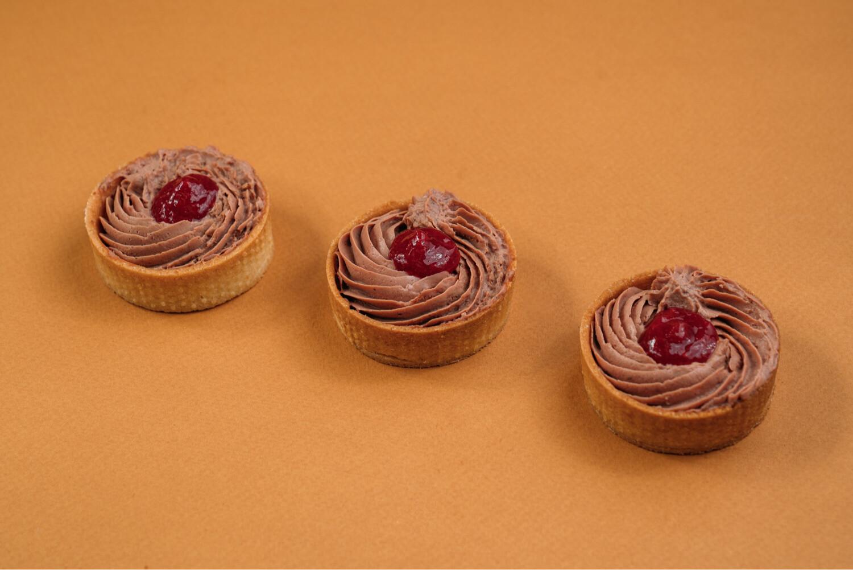 Тарталетки с паштетом из утки и вишневым конфитюром 10 шт