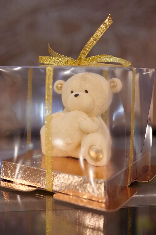 Мишка из белого бельгийского шоколада