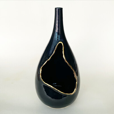 Destruction Vase 1